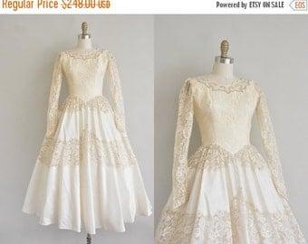 Anniversary SHOP SALE... 1950s wedding dress / 50s tea length dress / 50s wedding dress