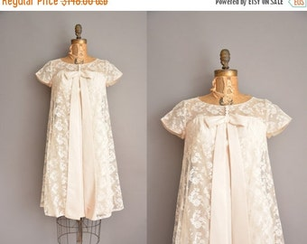 Anniversary SHOP SALE... 60s ivory rayon lace vintage bow dress / vintage 1960s dress