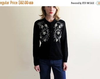 50% OFF SALE vintage sweater cardigan womens clothing beaded pearl black 1960s silver floral design size medium m