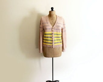 vintage sweater cardigan 60s taupe beige yellow striped leather buttons 1960s womens clothing size medium m