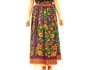 Vintage 60s-70s Floral Print Wrap Maxi Peasant Skirt By Ellen Tracy Boho Hippie Retro Mod