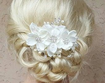 Bridal Hair Comb, Wedding Comb, Decorative Comb, Floral Wedding Comb, Rhinestone  Bridal Comb, Pearl wedding comb, crystal wedding hair comb