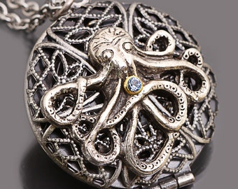 Octopus Locket Octopus Pendant Octopus Necklace Working Compass Locket