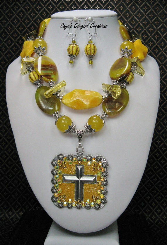 Cowgirl Western Necklace Chunky Yellow Statement Necklace