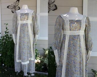1970's Gunne Sax Maxi Dress floral SemiSheer Lace Boho Hippie Romantic BurningMan Reniassance Vintage Retro 70s Small Size 7