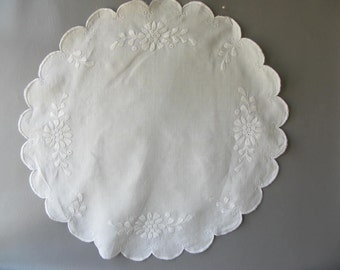 Round Vintage Embroidered Tablecloth, table topper,  doily, white on white, wedding decor