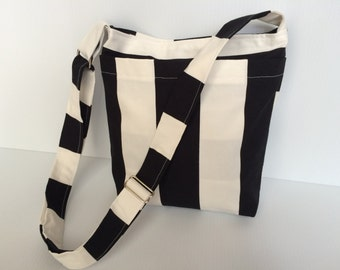 Messenger Bag - Cross Body - Diaper Bag - Hobo Bag - Black and White