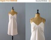 CLOSING SHOP 50% SALE / Vintage slip dress. 1970s pink lace slip dress. negligee. lingerie