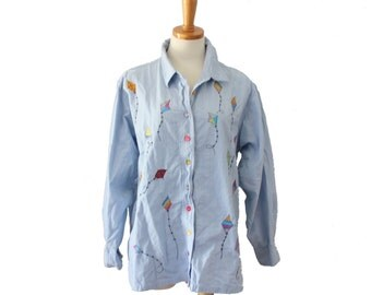 VIntage 80s Embroidered Kites Novelty Shirt // Silver Threads Women XL // chambray light blue