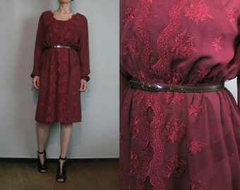 80s EMBROIDERED & EYELET LACE vtg Floral Sheer Merlot Claret Wine Burgundy Deep Red Mini Belted Dress Small 1980s