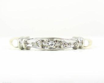 Vintage Diamond Wedding Ring, 1940s Pave Set 3 Stone Diamond Wedding Band in 18 Carat Gold & Palladium.