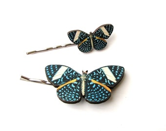 spotted blue butterfly hairpin set . butterfly hair bobby pin / hair grip