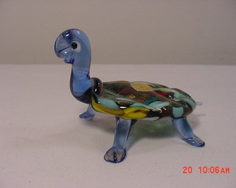 Vintage Made In Italy Colored Glass Turtle   16 - 69