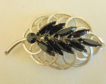 Vintage BLACK RHINESTONE LEAF Brooch Pin