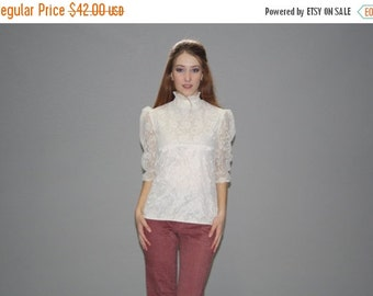 70% Off FINAL SALE - Vintage 1970s White Lace Victorian Gothic Prairie Blouse - Vintage Lace Boho Blouse - Vintage Sheer Lace Top - WT0406