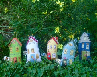 Pin cushions, Tiny House sewing accessory, little fairy pincushion, Tiny house pin cushion