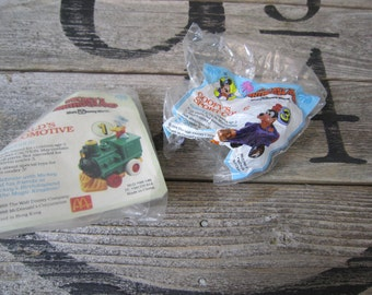 Vintage 80s McDonald's Happy Meal Walt Disney Characters Goofy and Donald Duck