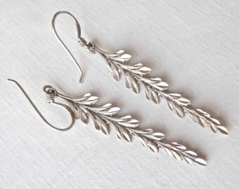 Silver Feather Earrings Fluted Sterling Silver Feather Jewelry Silver Daggers Sparkly Dangle Earrings Modernist Jewelry Vintage Modern 925