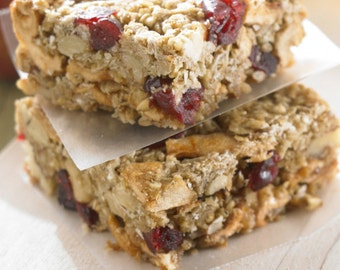 Chewy Cranberry Apple Granola Bars