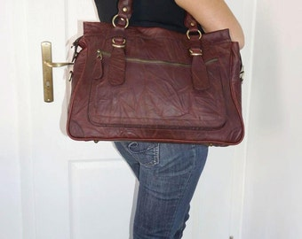 Rina Oversized. Leather handbag tote handbag cross-body bag in vintage mahogany brown fits a 17 inches laptop