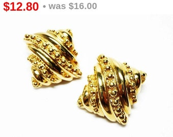 St Johns Square Clip on Earrings - Goldtone Modernist Abstract Design - Vintage Retro Era Style