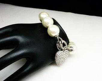Large Pearlescent Bead Bracelet - Dangling Rhinestone Heart - Bold Statement Jewelry - White & Silvertone Retro Jewelry