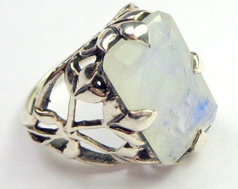 Rainbow Moonstone, Vintage Sterling Silver Ring,Lavender/Blue Flash, Mystical Stone,Natural Gemstone Ring,Victorian Style,Moonstone Jewellry