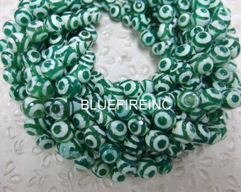 37 pcs 10mm round faceted tibetan agate beads