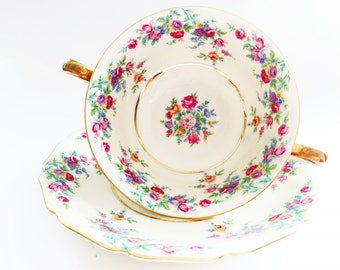 Fine China Cream Soup Bowls / Bouillon Cup & Saucer Sets Pink Floral Bavarian China Double Handled Soup Cups