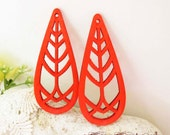 WP02 / # 4 Red / Wood long Tree Pairs for Earring / Laser Cut Tear Drop Tree Wooden Charm/ Dangle/Light Weight Wood Charm/by Amusementpark