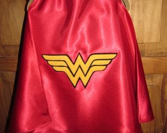 Wonder Woman Cape / Super Hero Cape / Childrens Cape / Authentic Wonder Woman Cape / Reversible Cape