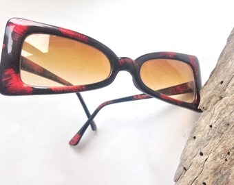 vintage Taiwan ROC sunglasses 90's red flashes of color