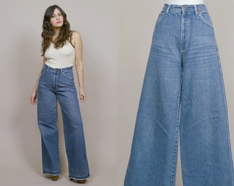 RESERVED High Waisted Bell Bottoms 70s Jeans Light Blue Denim Wide Leg 1970s Hippie Boho Trousers Back Patch Pockets / Size L Large