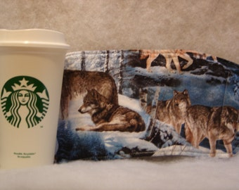 Arti REVERSIBLE Coffee Cup Sleeve, WOLVES in Winter For STARBUCKS To-Go Cups / with Pocket