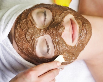 Moroccan Red Clay Masque - Small 5 oz -  Excellent Facial Cleanser - Detoxifing and Purifying - Great Product for All Types of Skin