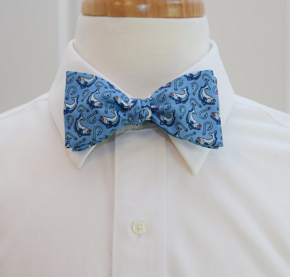 Men 39 s bow tie in blue bass fish and hooks design self for Fish bow tie