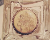 SALE Vintage Sterling Silver Floral Carved Necklace Scrimshaw
