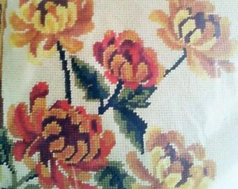 "Bucilla Chrysanthemums 14"" Pillow Kit"