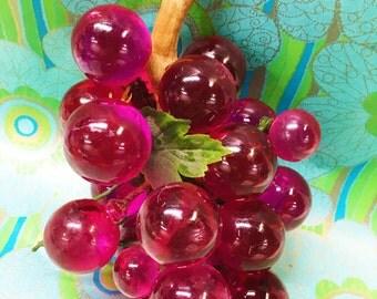 Vintage Lucite Grapes Magenta Purple Pink Large Cluster