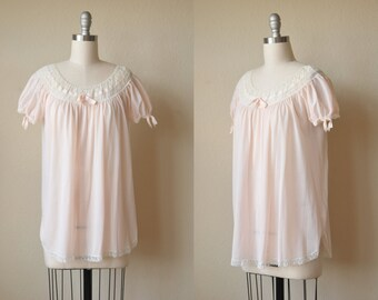 Pale Pink Lace Babydoll Nightie // 1950s Gotham Gold Stripe Lingerie Size S