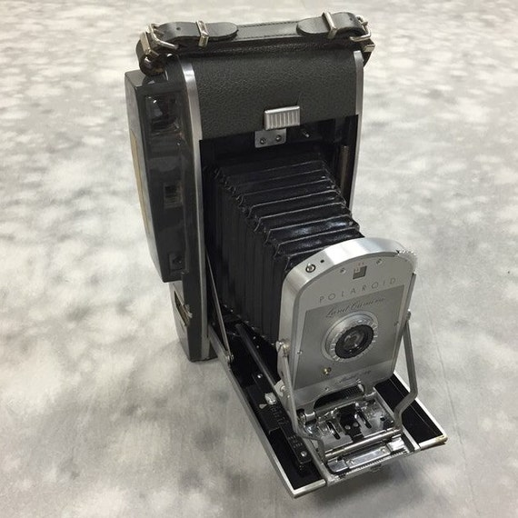 Model Land Movie: Polaroid 150 Land Camera W 2 Rolls Of Polaroid By