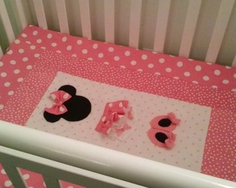 Minnie Mouse Pretty in Pink. mini quilt