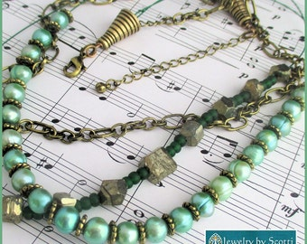 Multistrand Green Pearl Necklace, Gemstone Jewelry, Pyrite Necklace, Brass Chain Jewelry, Green Wire Necklace, Statement Jewelry