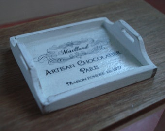 Miniature tray