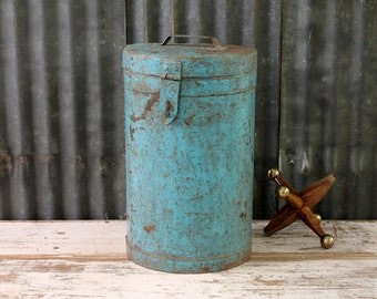 Canister Vintage Old Rustic Worn Metal Barrel Storage Bucket Industrial Accent Trashcan Photo Prop Boho Accent