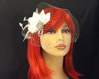 Bridal Fascinator, Wedding Head Piece, Feather Fascinator, Bridal Hair Accessory, Ivory Wedding Fascinators, Ivory Birdcage Veil
