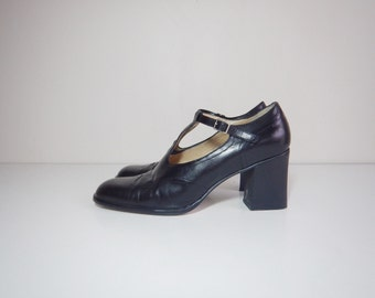90s clueless mary jane t strap heels size 9