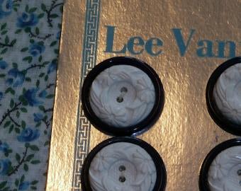 "Neat Set of 6 Vintage Old Stock Lee Vanity Buttons, 7/8"" White Flower Design Navy Background Orig. Card"