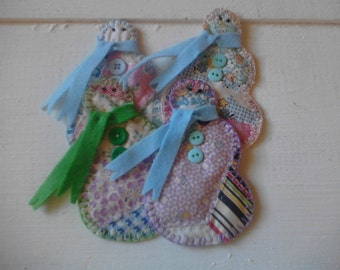 Cute set of 4 snowman vintage quilt fabric gift tags, ornaments, christmas decor, gift wrap, scrapbooks, snowman appliques, antique quilt