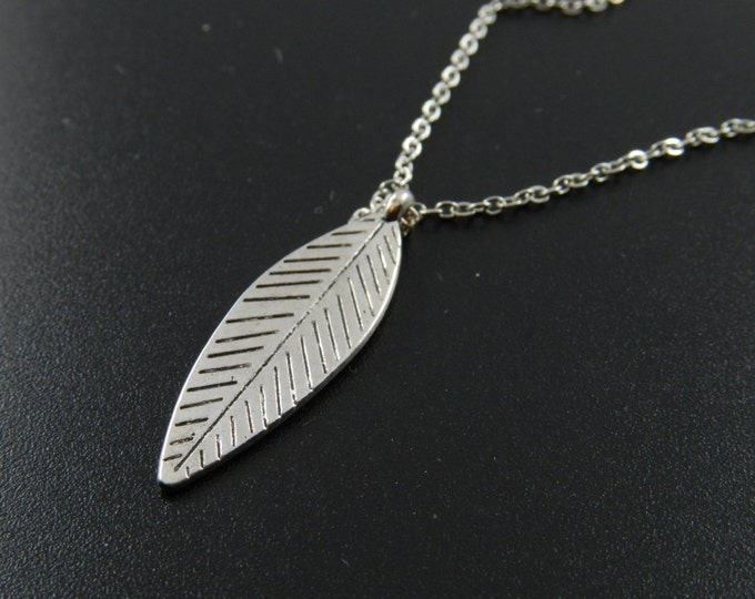 Feather Necklace, Long Tribal Necklace, Minimalist Boho Necklace, Feather Necklace, Eagle Feather Necklace, Long Feather Necklace